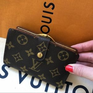 Louis Vuitton Brown Monogram Kiss Lock Wallet